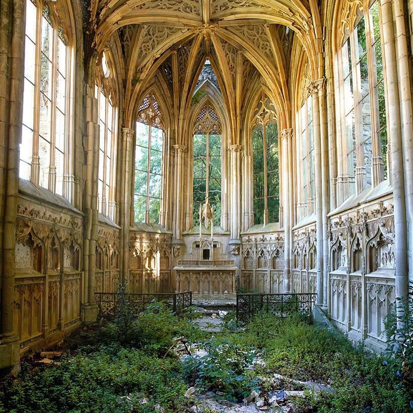 30 Amazing Pictures Of Abandoned Places: Get Ready To Be
